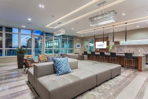 Camden Rainey Street apartments in Austin, TX Rentable Clubhouse