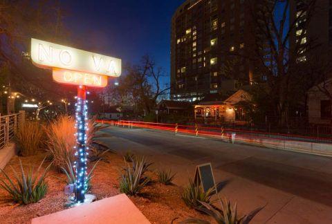 Camden Rainey Street apartments in Austin, TX Nightlife and Restaurants