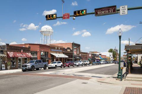 Grapevine Main Street near Camden Riverwalk Apartments in Grapevine, TX