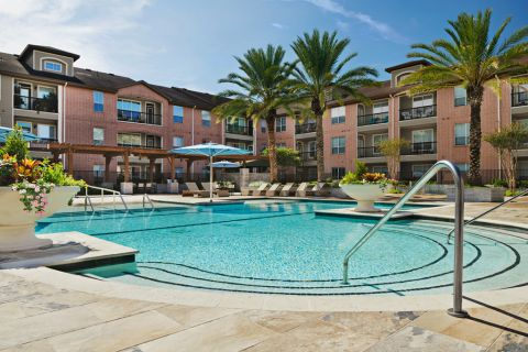 Resort-Style Swimming Pool at Camden Royal Oaks Apartments in Houston, TX