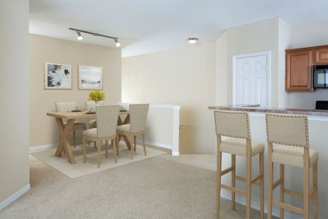 Dining Room at Camden Royal Palms Apartments in Brandon, FL
