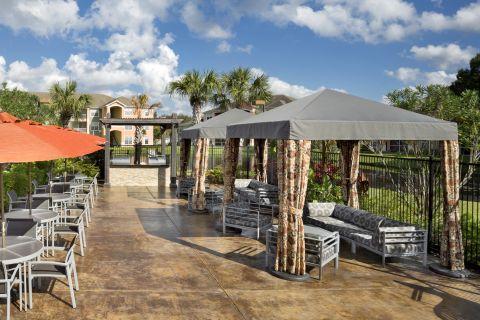 Pavilion at Camden Royal Palms Apartments in Brandon, FL