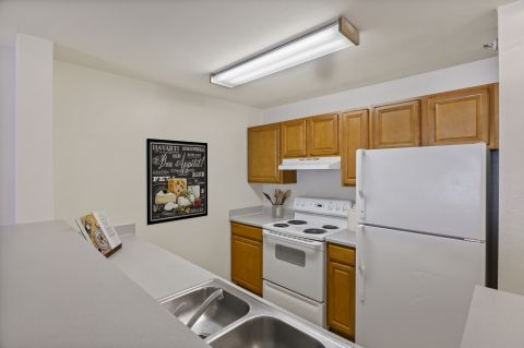 Kitchen at Camden Russet Apartments in Laurel, PG County Maryland