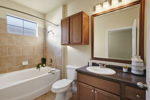Open bathroom at Camden Shadow Brook apartments in Austin, TX