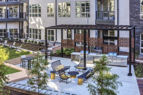 Interior Courtyard with Grilling Stations at Camden Shady Grove Apartments in Rockville, MD