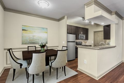Dining area at Camden Shiloh apartments in Kennesaw, GA