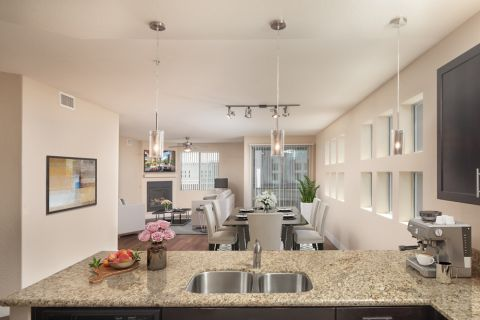 Penthouse Kitchen at Camden Sotelo Apartments in Tempe, Arizona