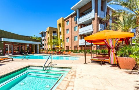 Pool and Hot Tub with Cabanas at Camden Sotelo Apartments in Tempe, AZ