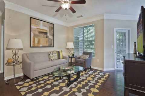 Living Room Open-Concept Layout at Camden Stonecrest Apartments in Charlotte, NC