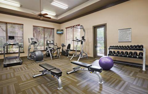 Fitness Center at Camden Stoneleigh Apartments in Austin, TX