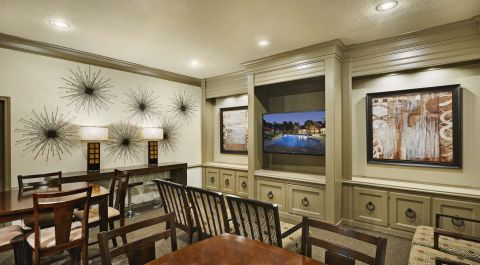 Resident Lounge at Camden Sugar Grove Apartments in Stafford, TX