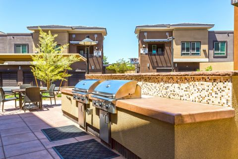 Outdoor BBQ grills at Camden Tempe Apartments in Tempe, AZ