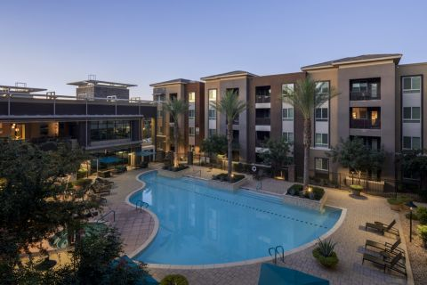 Pool and spa at Camden Tempe Apartments in Tempe, AZ