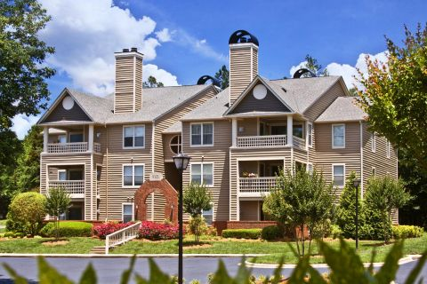Exterior of Building at Camden Touchstone Apartments in Charlotte, NC