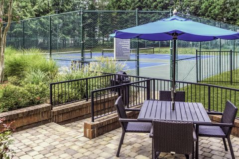 Outdoor Kitchen at Camden Touchstone Apartments in Charlotte, NC