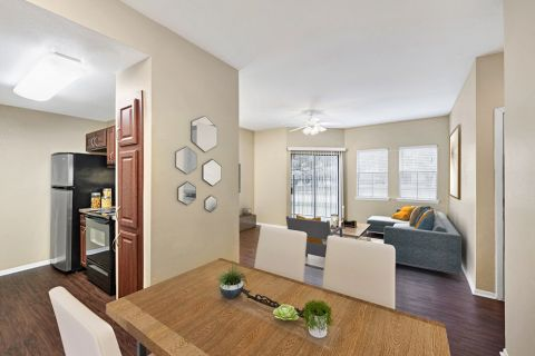 Dining Area at Camden Valley Park Apartments in Irving, TX