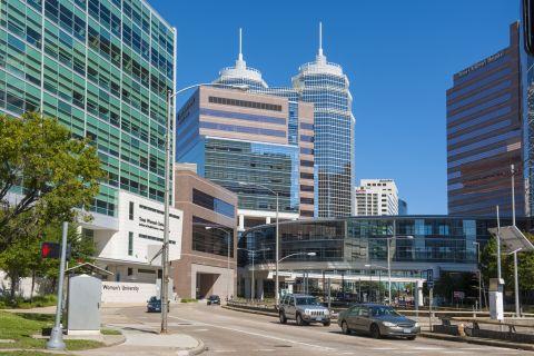 Close to Medical Center at Camden Vanderbilt Apartments in Houston, TX