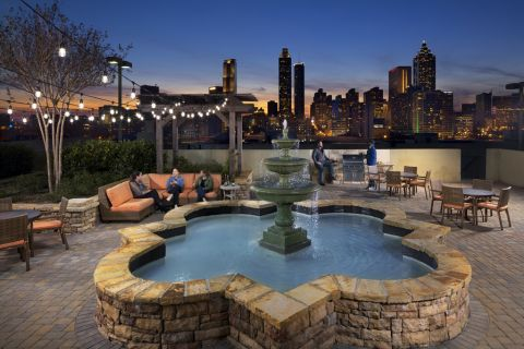 Rooftop courtyard at Camden Vantage Apartments in Atlanta, GA