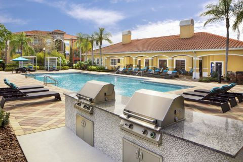 Grills at Camden Visconti Apartments in Brandon, FL
