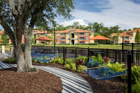 Hammocks at Camden Visconti Apartments in Brandon, FL