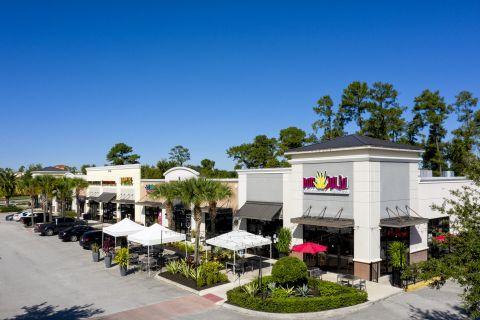 Neighborhood Don Julio near Camden Waterford Lakes Apartments in Orlando Florida