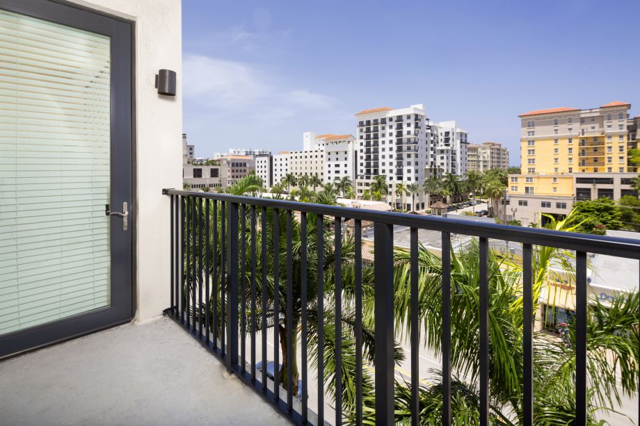 Balcony at Camden Boca Raton Apartments in Boca Raton, FL