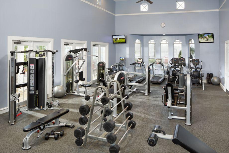 Fitness Center at Camden Doral Villas Apartments in Doral, FL