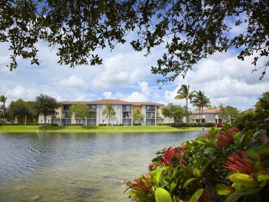 Pond at Camden Doral Apartments in Doral, FL