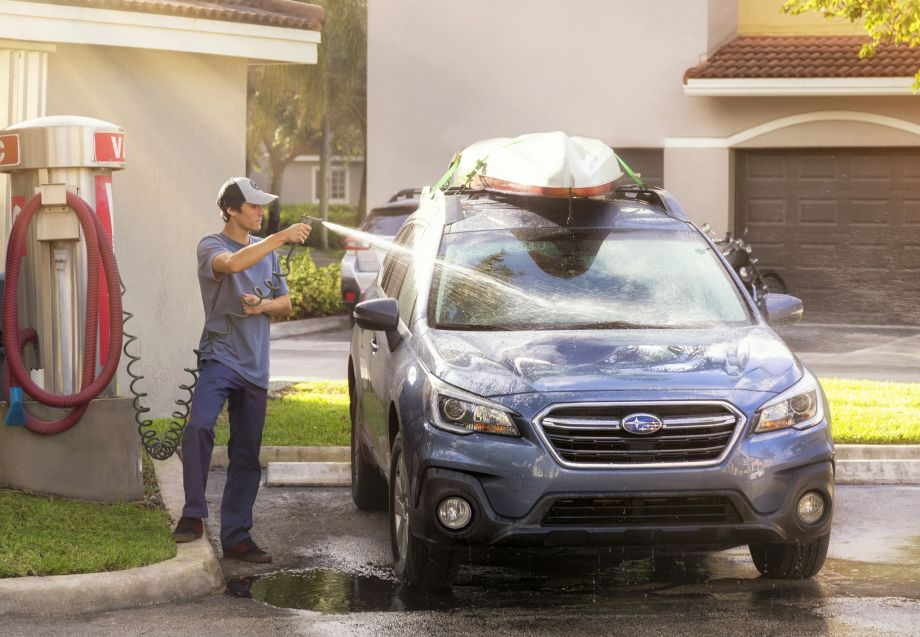Car Care Center at Camden Doral Apartments in Doral, FL