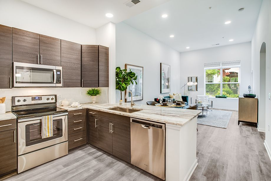 Open Living at Camden Dulles Station Apartments in Herndon, VA