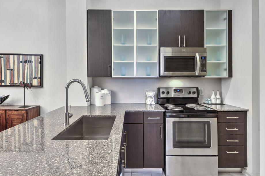 ... VA Kitchen At Camden Fairfax Corner Apartments In Fairfax, VA ...