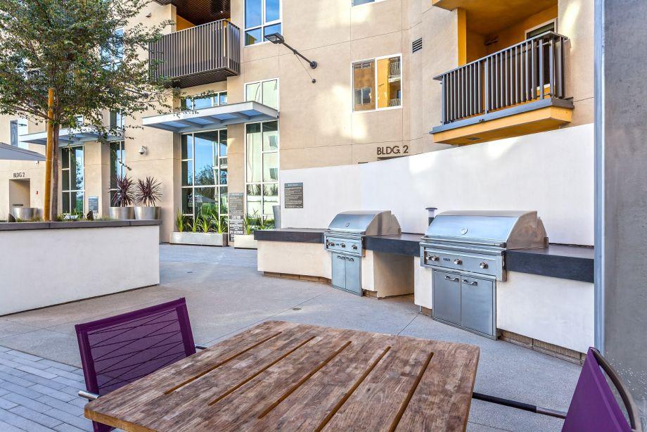 BBQs at Camden Glendale Apartments in Glendale, CA