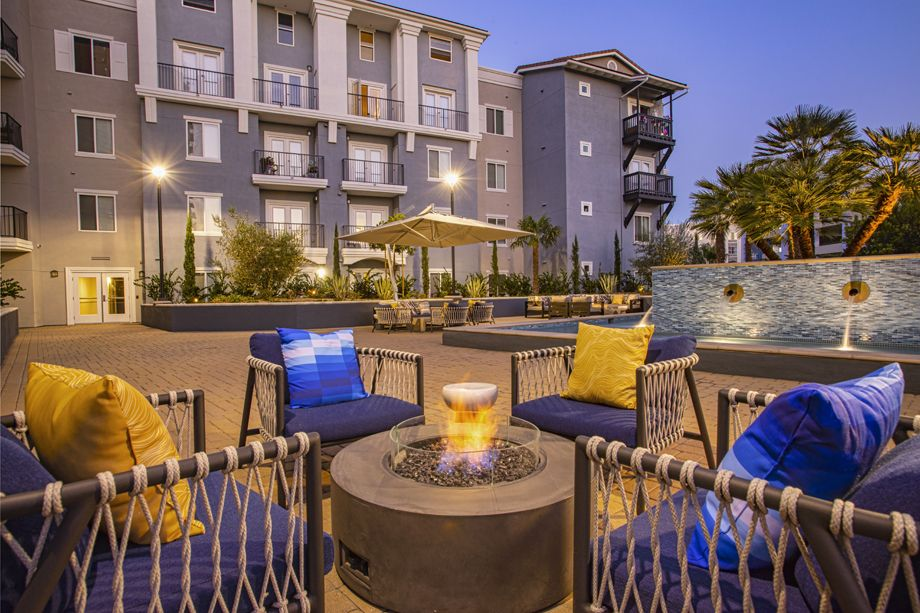 Outdoor lounge space at Camden Harbor View Apartments in Long Beach, CA