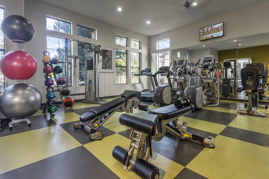Fitness Center at Camden Highlands Ridge Apartments in Highlands Ranch, CO