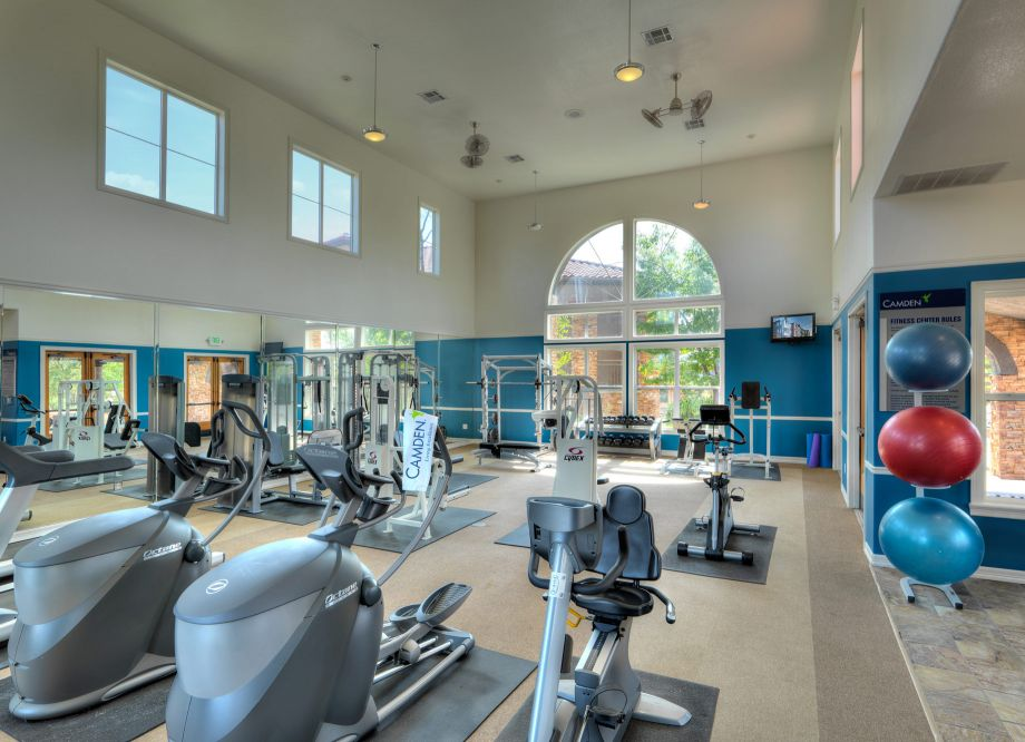 Fitness Center at Camden Interlocken Apartments in Broomfield, CO