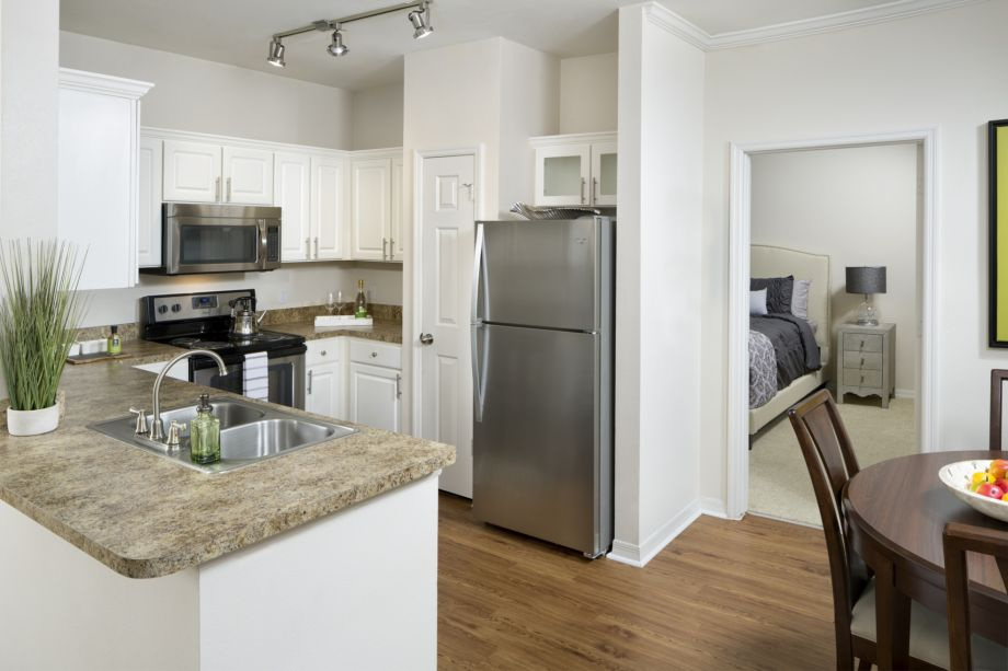 Kitchen at Camden Lago Vista Apartments in Orlando, FL