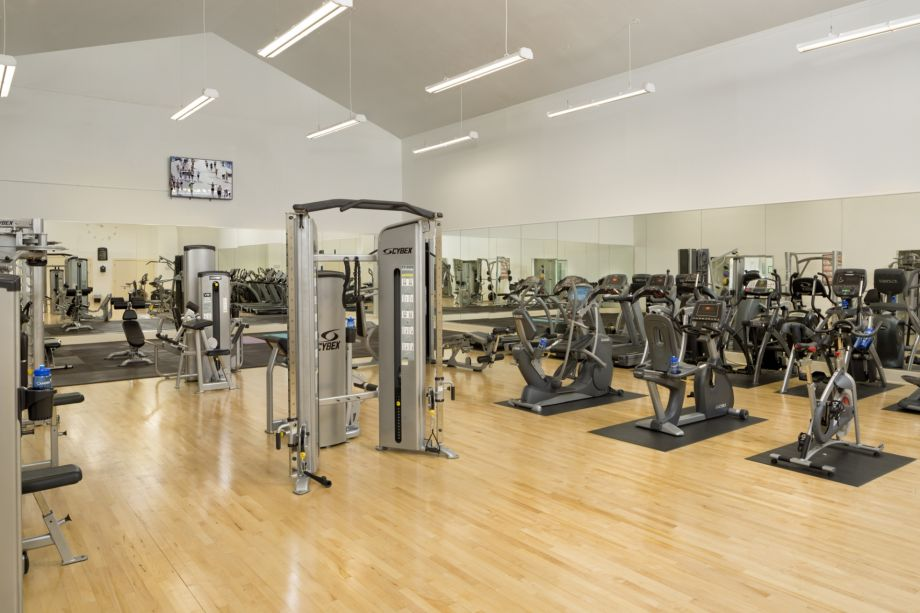Fitness Center at Camden Lee Vista Apartments in Orlando, FL