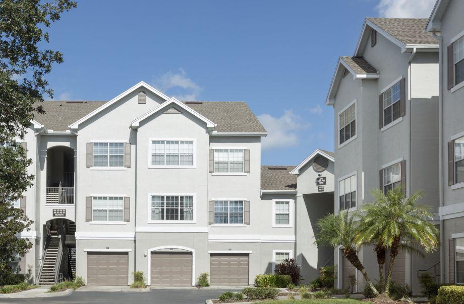 Garages at Camden Lee Vista Apartments in Orlando, FL
