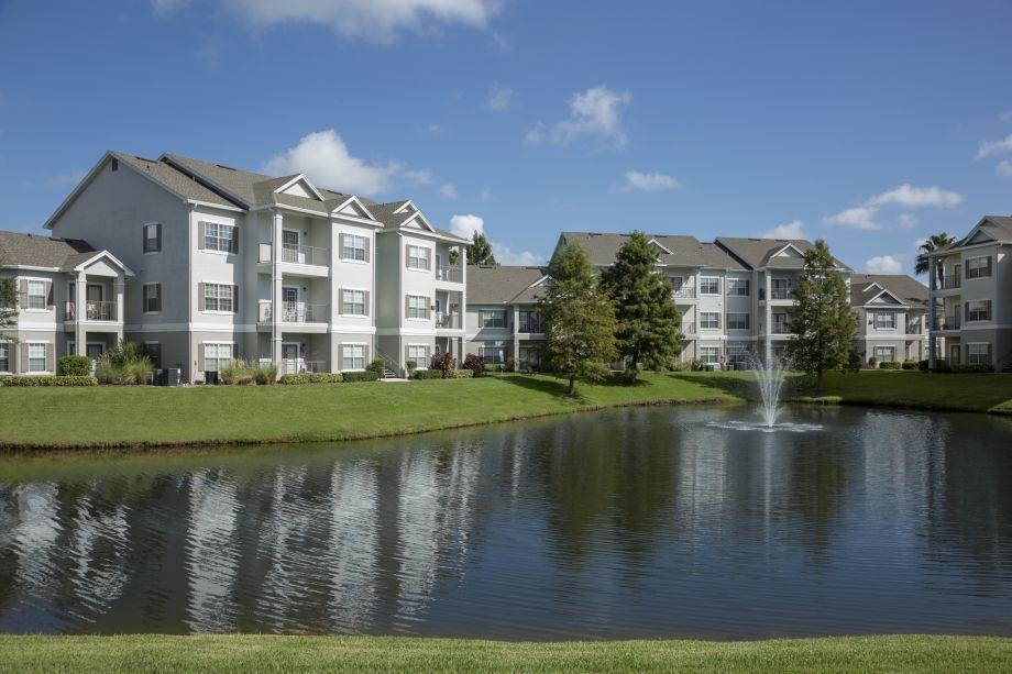 Apartments at Camden Lee Vista Apartments in Orlando, FL