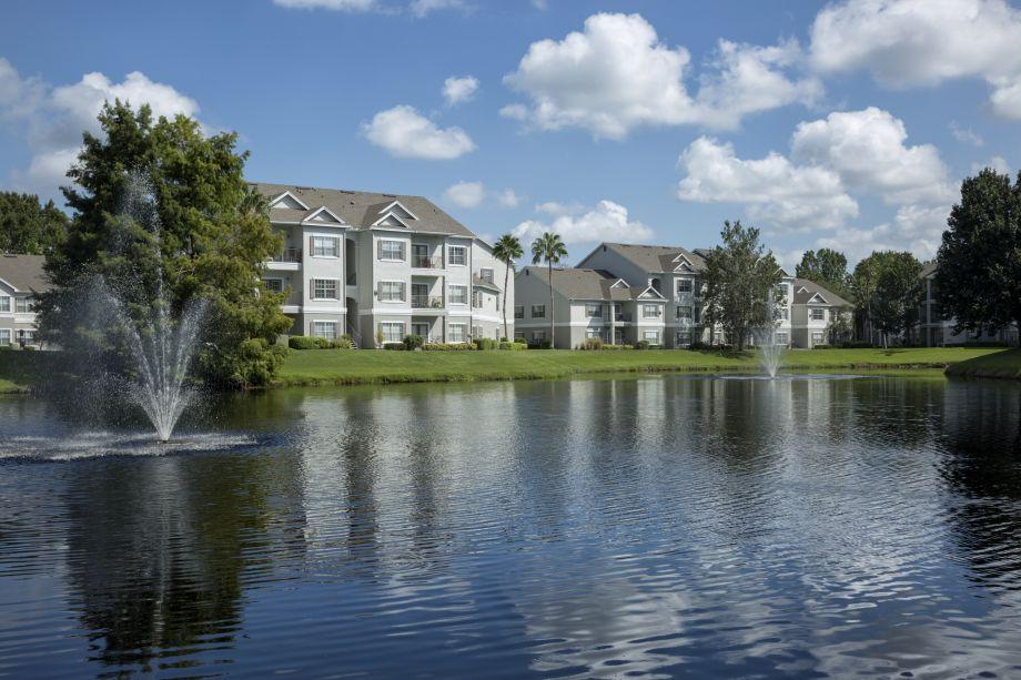 Exteriors at Camden Lee Vista Apartments in Orlando, FL