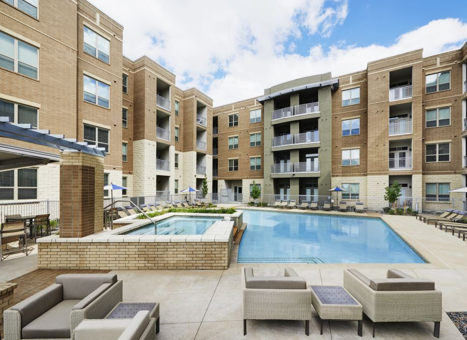 Poolside Lounge Space at Camden Lincoln Station Apartments in Lone Tree, CO