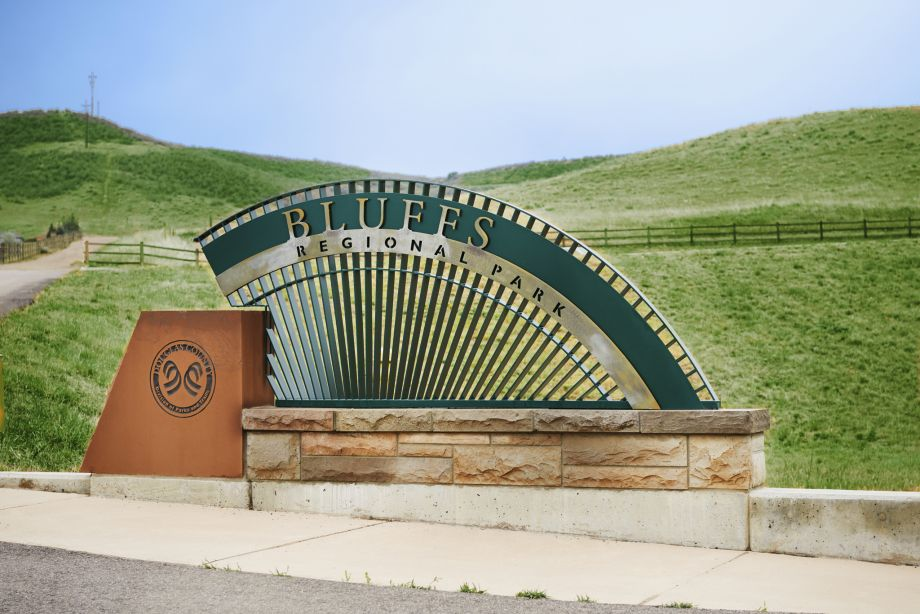 Neighborhood Attraction Bluffs Park and Trails at Camden Lincoln Station Apartments in Lone Tree, CO