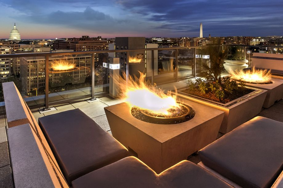 Rooftop Fireside Lounge at Camden NoMa Apartments in Washington, DC