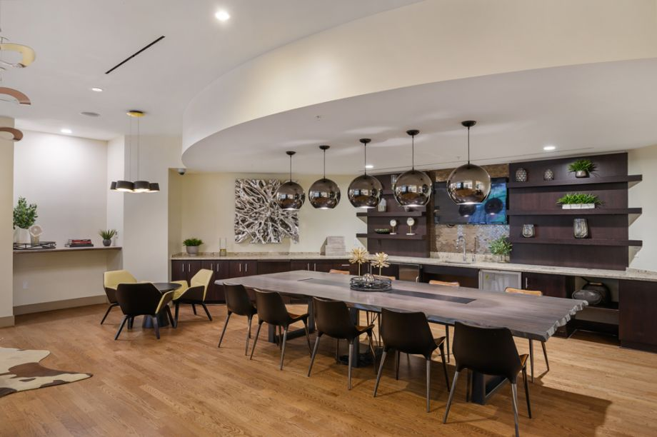 Large Table Seating in the Resident Lounge at Camden NoMa Apartments in Washington, DC