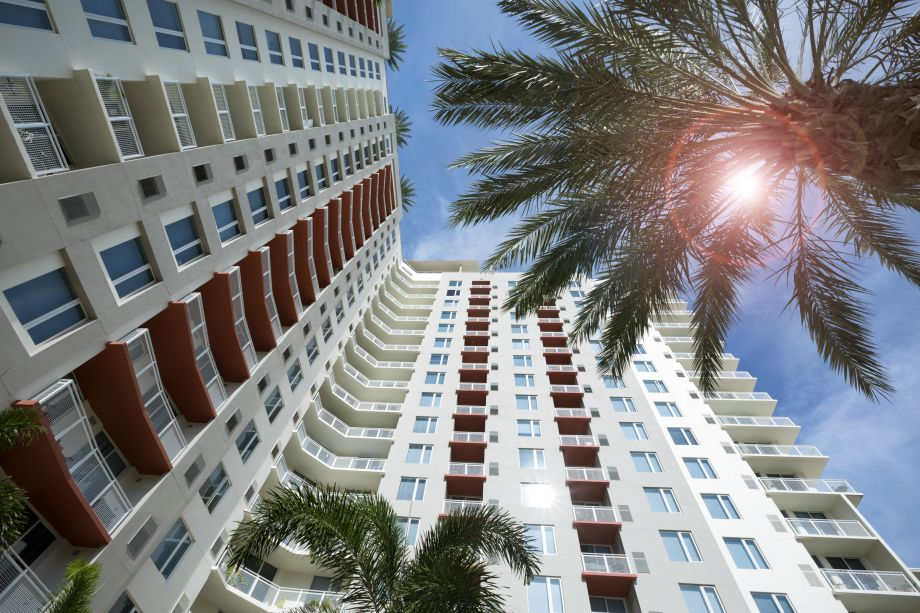 Exterior at Camden Pier District Apartments in St. Petersburg, FL