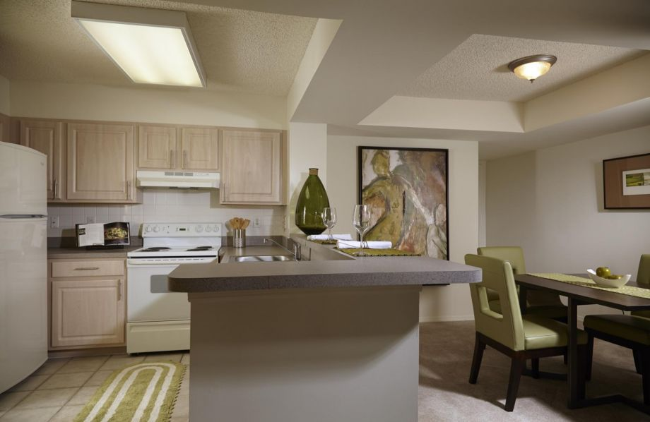 Kitchen at Camden Plantation Apartments in Plantation, FL