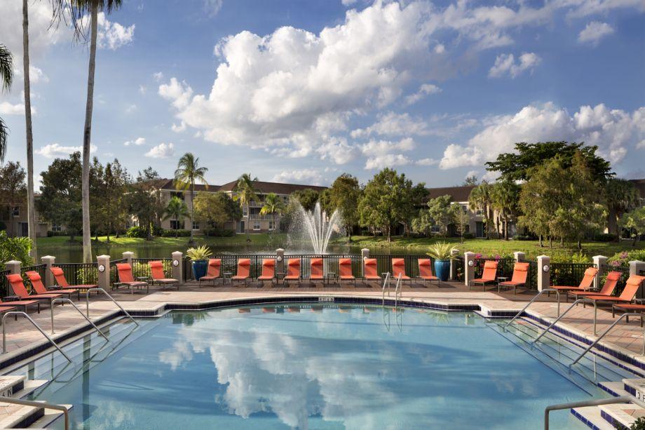 Pool at Camden Plantation Apartments in Plantation, FL