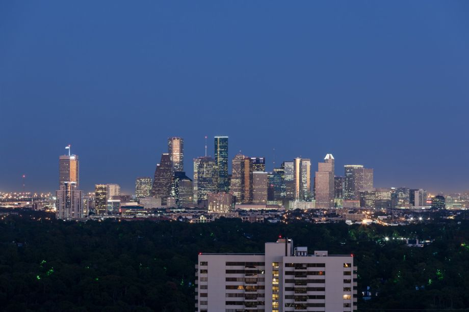 High Rise Apartments with Downtown View at Camden Post Oak Apartments in Houston, TX
