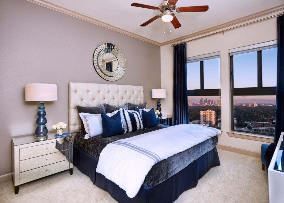 Bedroom Wtih Galleria View at Camden Post Oak Apartments in Houston, TX