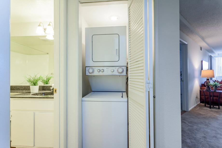 2 Bedroom Apartments In Costa Mesa Ca Camden Sea Palms